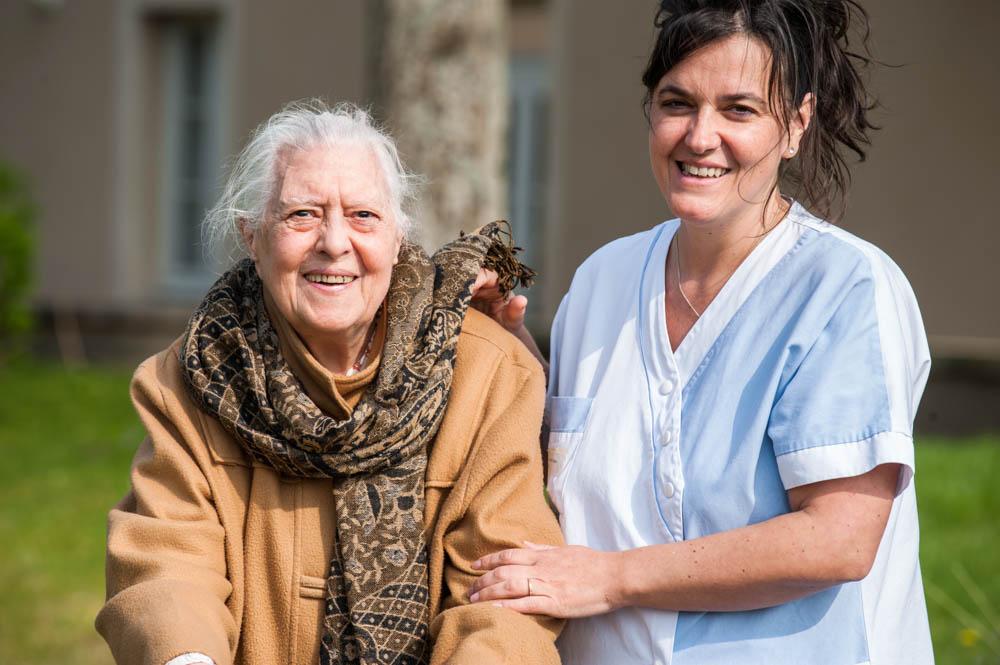 Résidante et infirmière