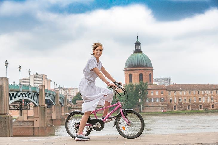infirmière à vélo